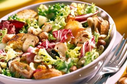 mogyoros salata kacsamellel lead