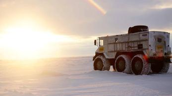 Vékony jégre futott az orosz mindentjáró