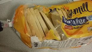 Egy csomag kenyér kinyitásán őrjöng az internet