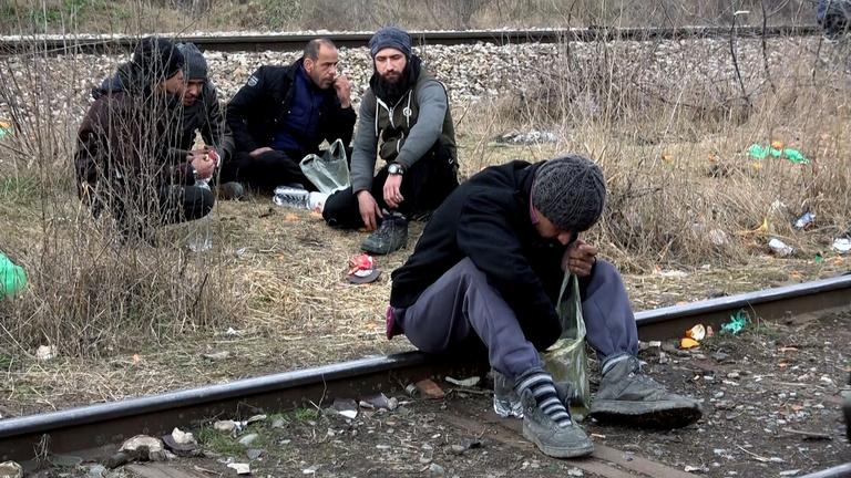 Magyar rendőrök brutalitásáról vallanak a menekültek