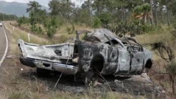 Szemeteszsákban temették el a Belize-ben balesetet szenvedett magyarokat