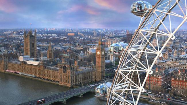Szobává alakul a London Eye egyik kabinja
