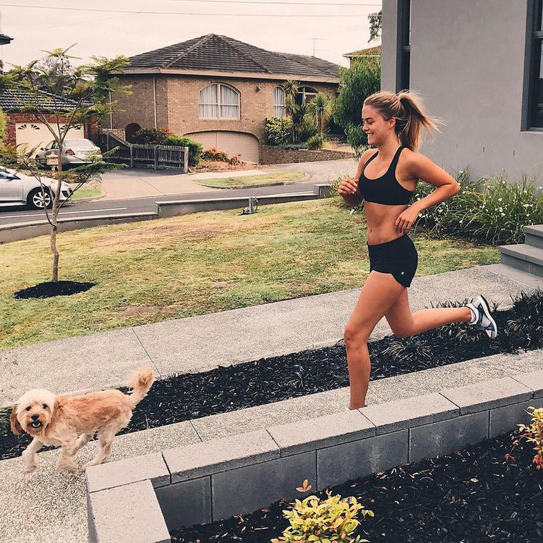 Fotóin keresztül megbizonyosodhat róla, hogy mennyire odavan a kutyájáért.