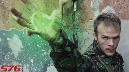 A népszerű youtuber Szirmai Gergely az 576 KByte reklámvideójában
