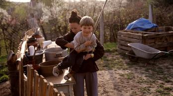Goások hozzák az életet a magyar faluba