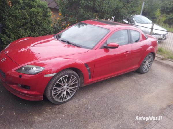 mazda-rx-8-coupe-2004