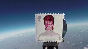 David Bowie végre feljutott az űrbe