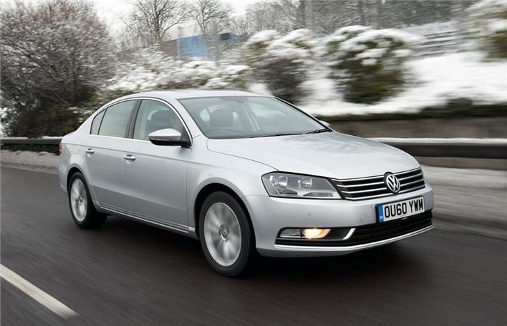 Volkswagen~Passat~(6)