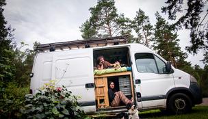 Komfortzónán túl: Három magyar pár furgonnal a világ körül