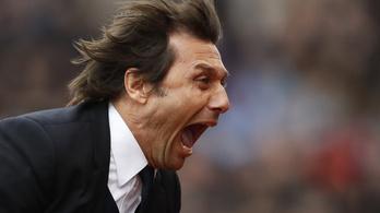 Senki sem tud úgy örülni egy gólnak, mint Conte