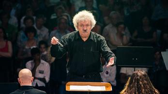 Kamp Salamon: Bach az alfa és az ómega a zenében