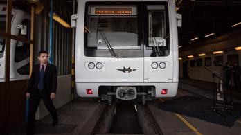 Kábelekig visszabontják a hibás orosz metrót