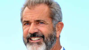 Mel Gibson több éves segíti a holokauszttúlélőket