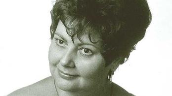 Elhunyt Halmy Izolda bábszínésznő