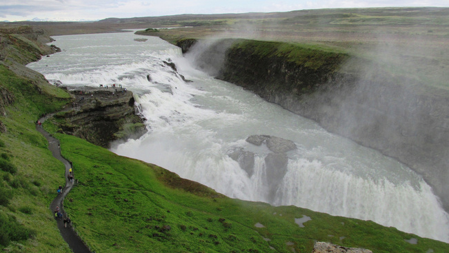 Izland megadóztatja a turistákat