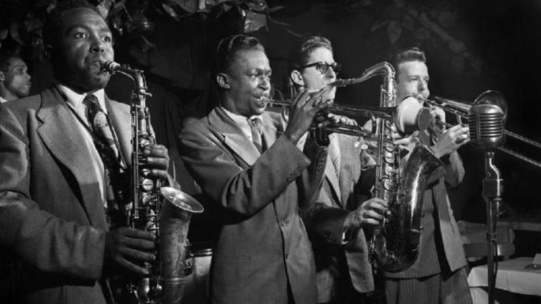 Hogyan lett szórakoztatóipari termék a lázadó jazz-zenészekből?
