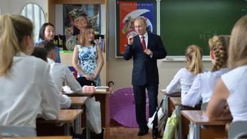 Dübörög a hazafias oktatás Oroszországban
