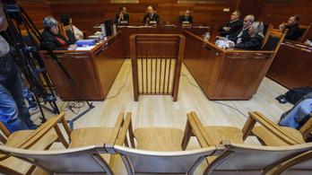 Jogerősen öt évre csökkentették Kulcsár Attila büntetését