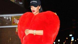 Utcai stílus Rihanna módra!