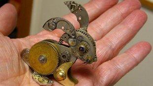 Mechanikus nyuszi, egérke és kutya. Óraszerkezetből!