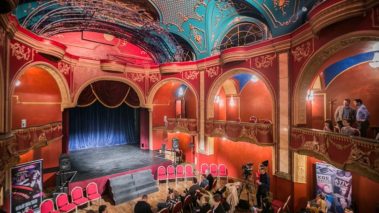 Járja be velünk az Operettszínház új épületrészét!