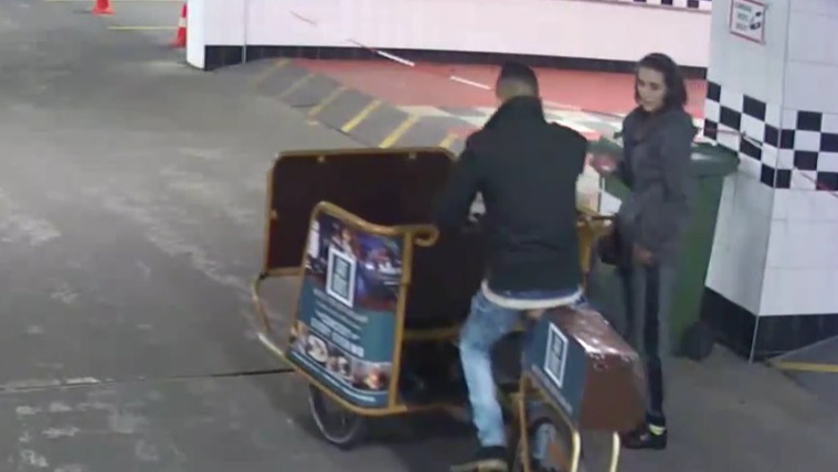 Terézvárosi riksatolvajokat keres a rendőrség