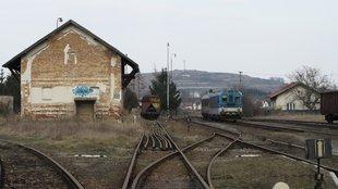Pozor vlak