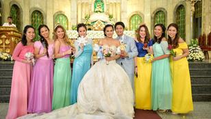 Disney-hercegnőknek öltöztette koszorúslányait az esküvőjén