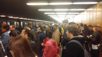 Megint leállították az orosz metrót