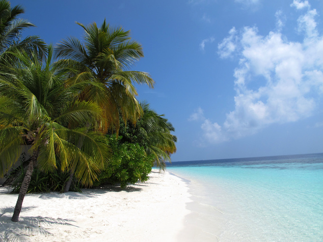 Ilyen panelposzter-szerű atmoszférát élőben is láthatunk a Maldív-szigeteken