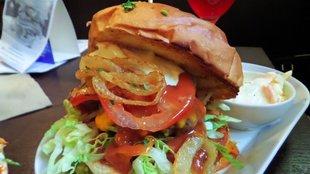 Pécsi Campus burger a Neked csak Szofiban