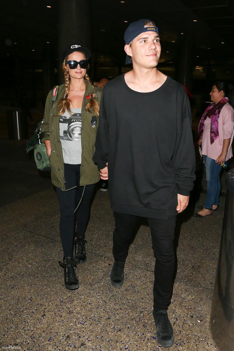 Paris Hilton és Chris Zylka