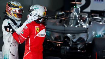 Hamilton furcsán reagált a második helyre