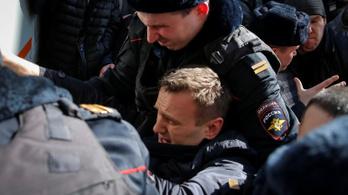 Őrizetbe vették Alekszej Navalnijt a moszkvai korrupcióellenes tüntetésen