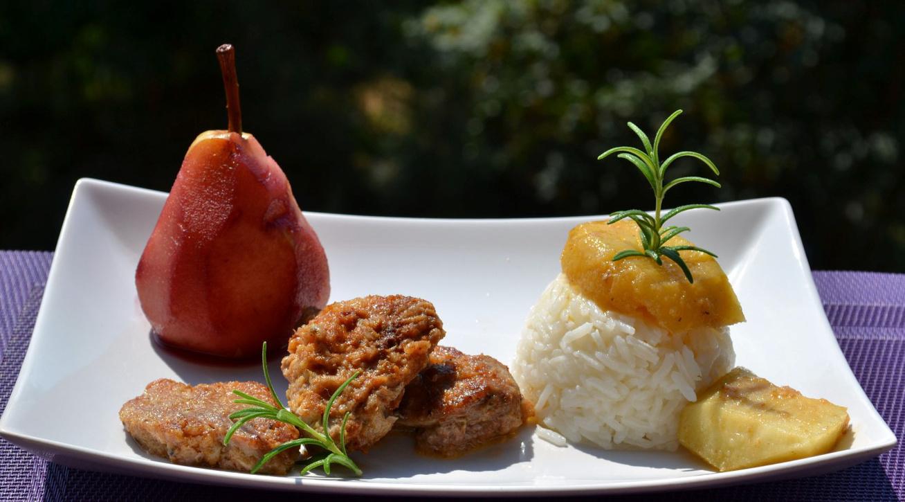 Almás, vörösboros omlós szűzérmék: a hús szétolvad a szádban
