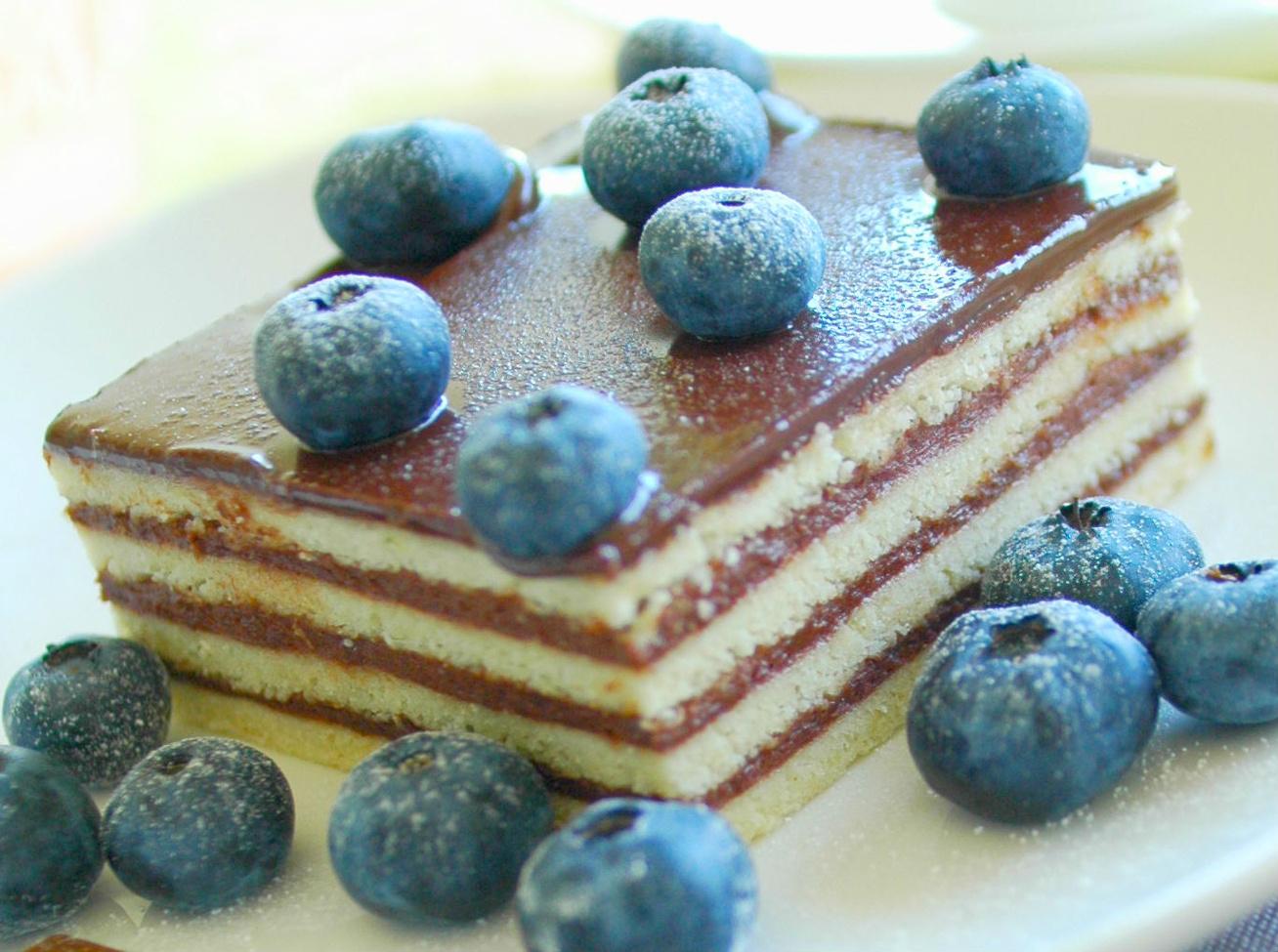 Krémes, vajkaramellás hatlapos sütemény - Nem olyan meló, mint elsőre gondolnád