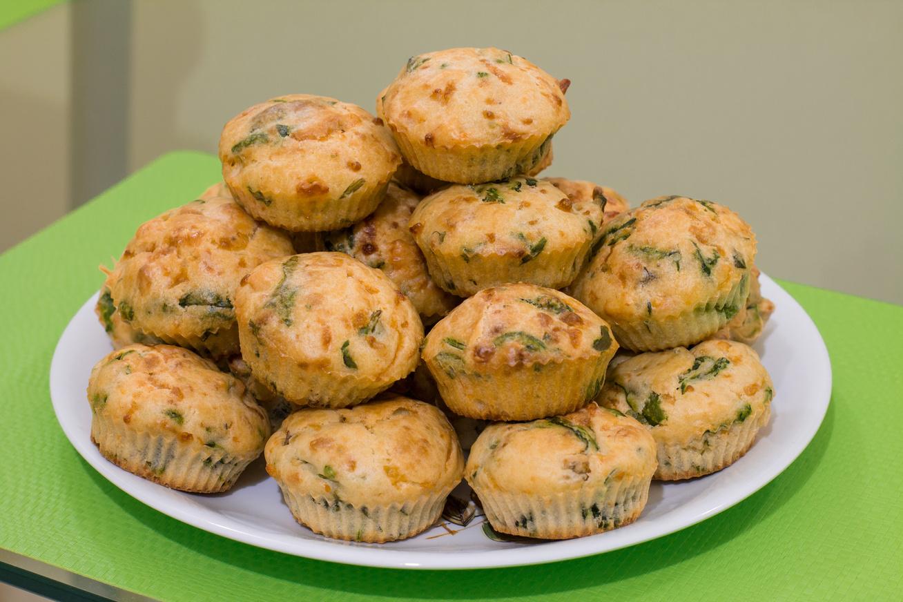Tejfölös-medvehagymás muffin: napokig nem szárad ki