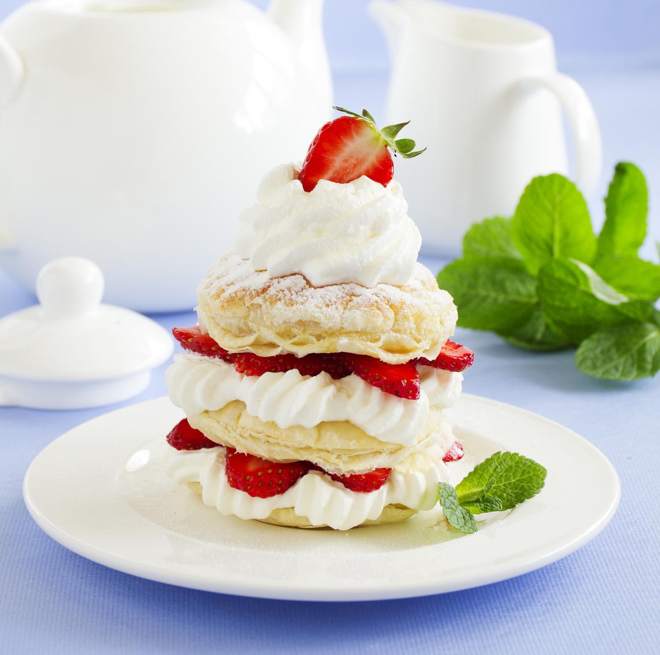 Epres-tejszínes süti leveles tésztából