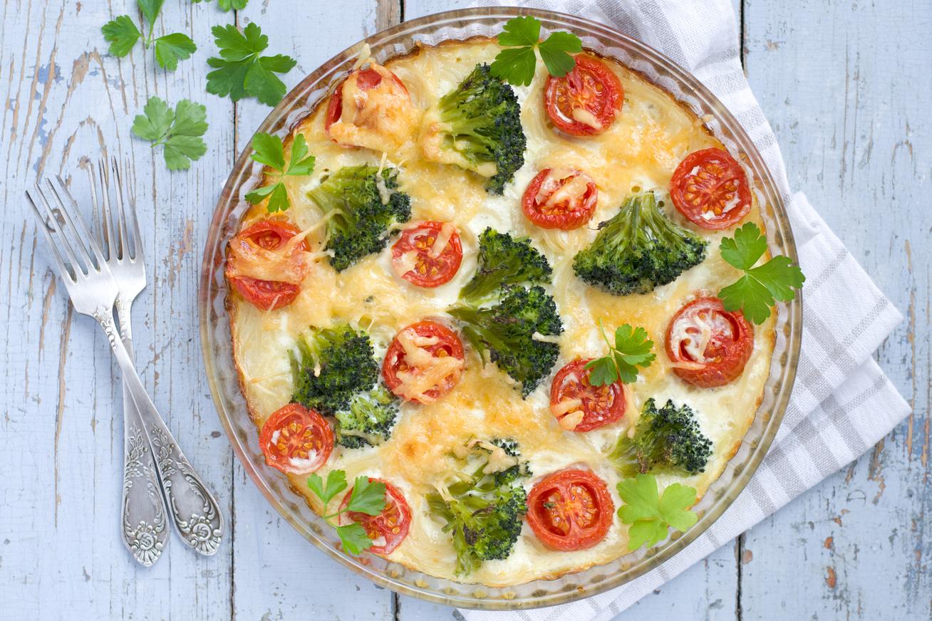 Tejszínes-brokkolis rakott tészta