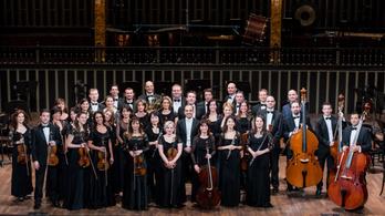 Legyen Ön egy estére az Óbudai Danubia Zenekar zenei igazgatója!