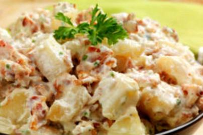 Gyors csirkés krumplisaláta