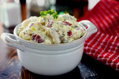 Ínycsiklandó majonézes krumplisaláta