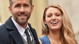 Ryan Reynolds nem perverz, de nem zavarja, ha felesége más pasikkal smárol