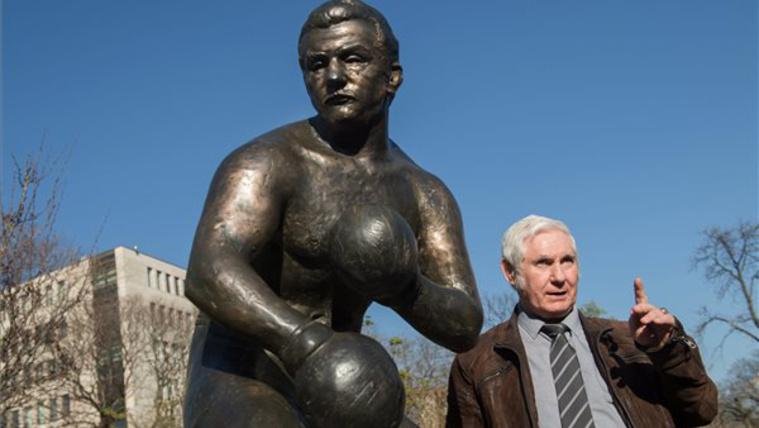 Gedó György olimpiai bajnok bokszoló is ott volt a keddi avatáson