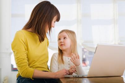 nagykep?cikkid=164044&kep=anya-kislany-laptop-lead
