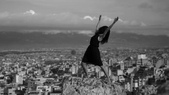 Bámulatos videók a köztereket újraértelmező táncosokról