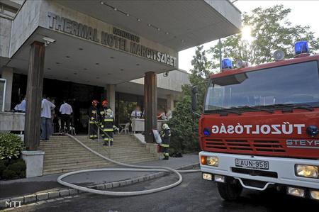 A tűzoltók a helyszínen már nem találták olyan veszélyesnek a tüzet