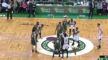 Az NBA legegyoldalúbb harca: 175 centi a 211 ellen