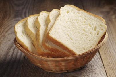 nagykep?cikkid=160916&kep=szeletelt feher kenyer kosarban1-lead