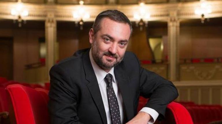 Hat évet kaphat a bukaresti opera volt igazgatója